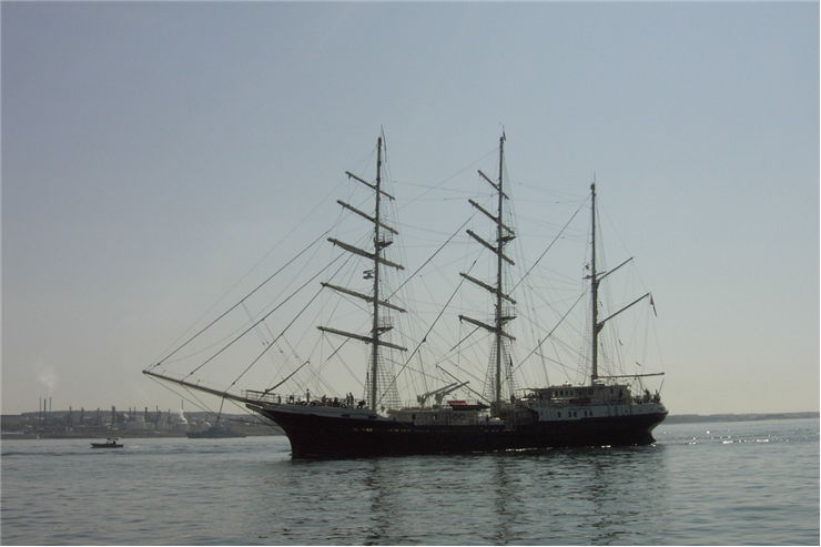 Picture Of Tall Ships At Ocean